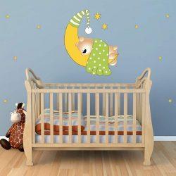 Alvó maci a holdon, falmatrica gyerekeknek a Dekormatricák webáruházban