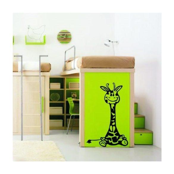 Bébi zsiráf gyerekszoba falmatrica több méretben, 48 szinben, kiegészítőkkel a Dekormatricáknál