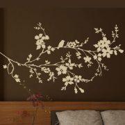 Virágzó ág madárkával, falmatrica a Dekormatricák Webáruházban