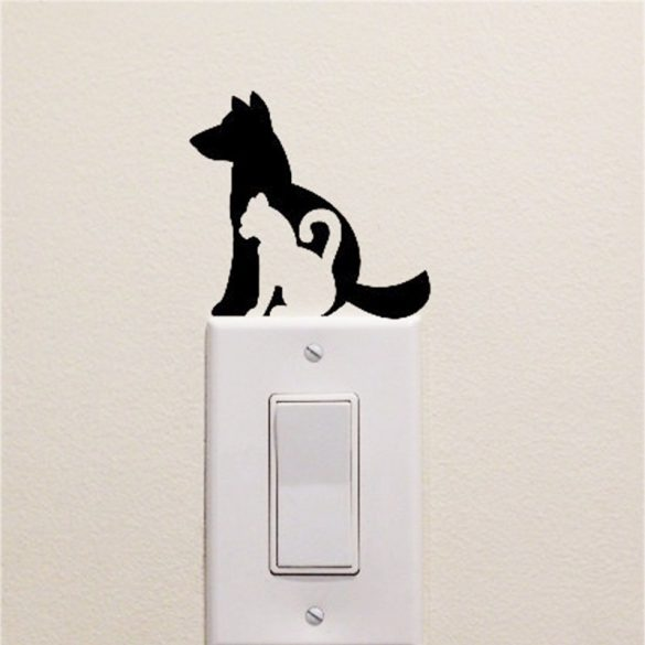 Kutya-cica villanykapcsoló matrica a Dekormatricák Webáruház matricáiból