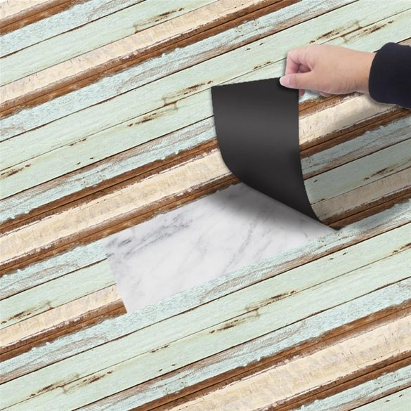 Színes, antikolt fa hatású 3D padlómatrica a Dekormatricák webáruház dekorációs termékei között