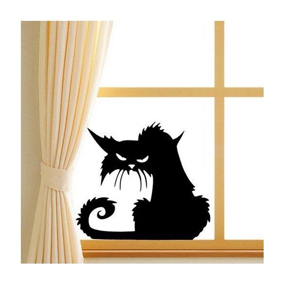 Mérges macska, ablakmatrica